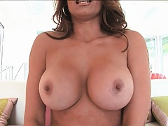 Busty milf gets licked out