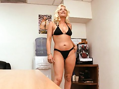 Blonde milf Cameron Cain in a tight bathing suit