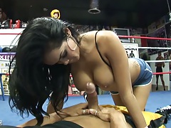 Big tits blowjob from Daisy Marie in the boxing ring with 69