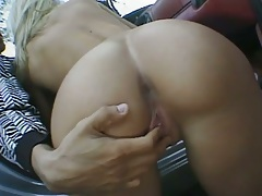 Ass and blowjob with April Flowers and Kelsey Heart in outdoor threesome sex