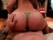 Streetblowjobs Nikkis gets ass massaged