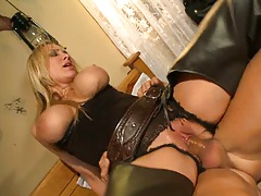 Alanah sucking and reverse cowgirl with sideways
