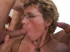 Mature in glasses blowjob while in gang bang Luciana D